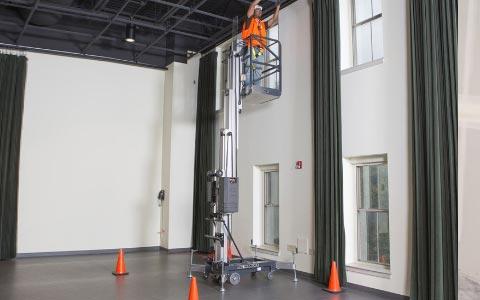 personnel-lift